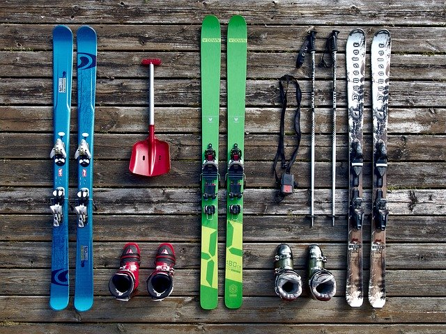 skis sports and fitness kit and equipment